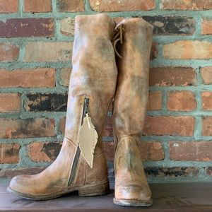Manchester Tan Rustic Boots - Brand New!